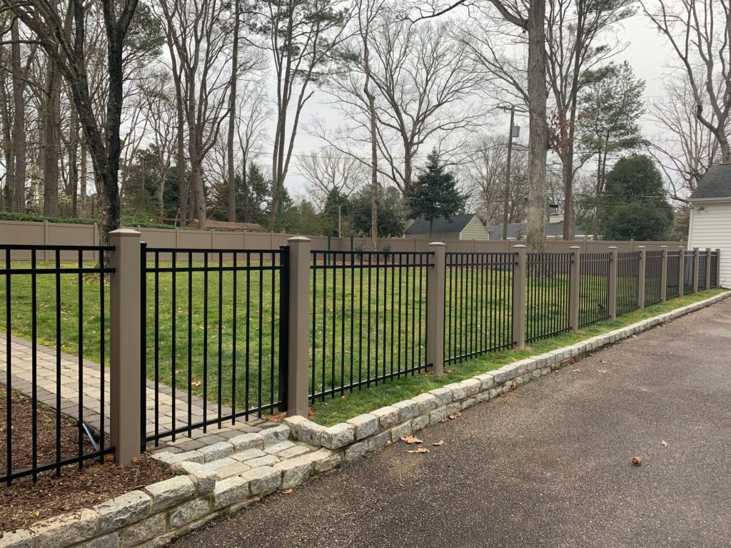 """48"""" series A 3 rail aluminum specialty fence With Bufftech vinyl posts"""